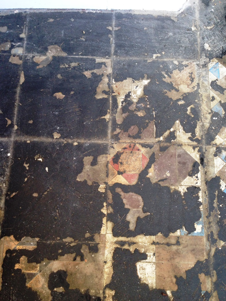 Victorian Tiles Goring by Sea Before Renovation